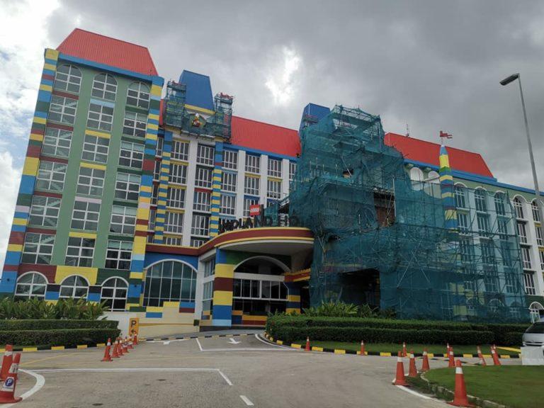 Legoland Hotel, Legoland Resort Malaysia, Ninjago Lloyd ...
